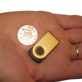 Tiny Twister USB Flashdrive